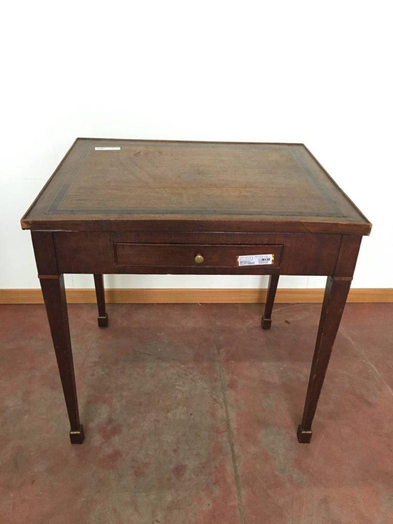 foto-Tavolino noce 1800, Francia