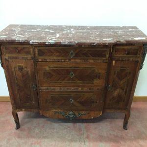 Esposizione e vendita credenze antiche mobili duchi for Mobili antichi 1800