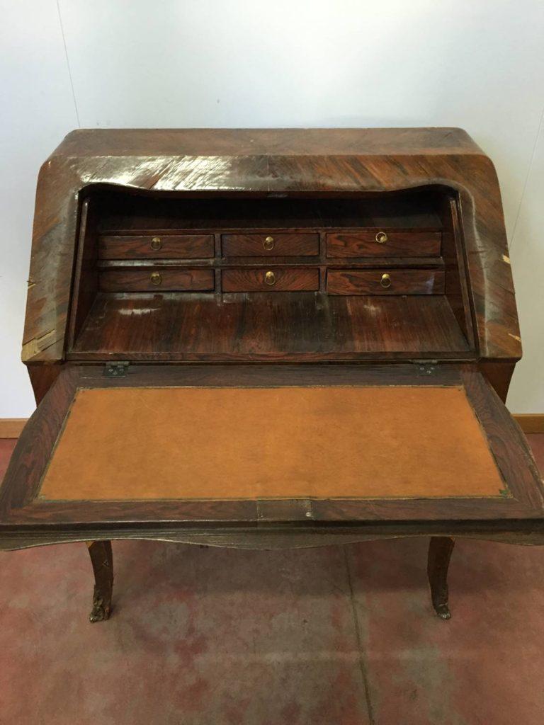 Ribalta in palissandro 1800 mobili duchi for Mobili antichi 1800