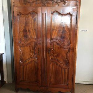 Esposizione e vendita armadi antichi del 700 mobili duchi for Mobili antichi 1700